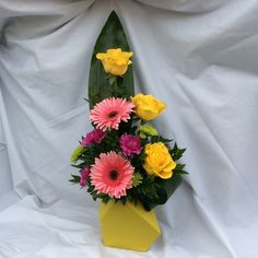 add Flower Designs, Flower Arrangements, Flowers, Floral Arrangements, Royal Icing Flowers, Flower, Flower Line Drawings, Florals, Floral