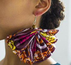 modèle diy boucle d oreille en tissu multicolore, idée comment fabriquer des bijoux soi meme