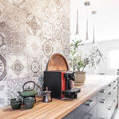 Turgeon project reveal - VALÉRIE DE L'ÉTOILE INTERIOR DESIGNER Designer, Kitchen Appliances, Home, Diy Kitchen Appliances, Home Appliances, Ad Home, Homes, Kitchen Gadgets, Haus