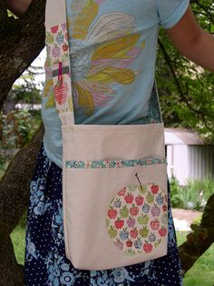 Library Book Bag by Mo Bedell « Sew,Mama,Sew! Blog