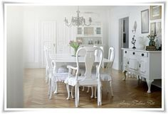 whitewashed dining | Dining Room Whitewashed Cottage chippy shabby ... | interiors + land ...