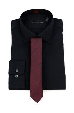 Dress Shirt And Tie, Dress Shirts, Burgundy Tie, Latest Mens Fashion, Men Style Tips, Black Suits, Collar Styles, Collar Shirts, Mens Suits