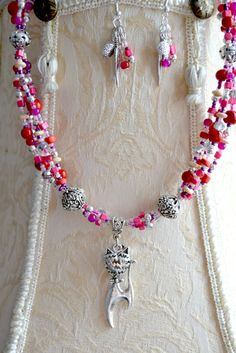 NECKLACE & EARRINGS  Red Jewelry Set Cat Pendant by LKArtChic