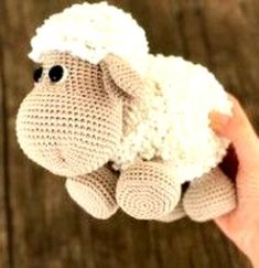 Crochet Toys Patterns, Amigurumi Patterns, Stuffed Toys Patterns, Amigurumi Doll, Knitting Patterns, Knitted Stuffed Animals, Crochet Animals, Free Crochet, Knit Crochet