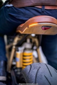 Ducati 996 Cafe Racer tanned, 3 comments – Ducati Obsession…Bmw R Nine T Cafe Racer Ducati Cafe Racer, Cb 750 Cafe Racer, Custom Cafe Racer, Cafe Bike, Ducati Scrambler, Cafe Racer Build, Yamaha, Ducati 996, Ducati 1100