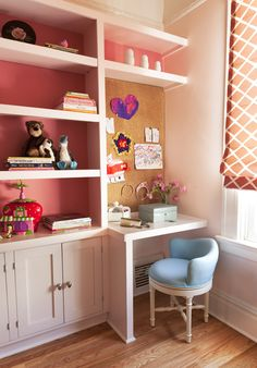 Big Girl Built-In Desk and Storage - love that the back of the built-ins are painted a pretty pink! #biggirlroom