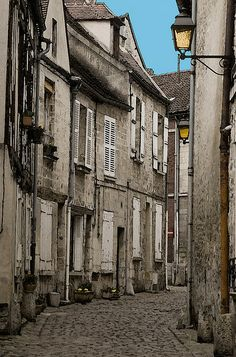 Senlis, OIse, Picardy, France