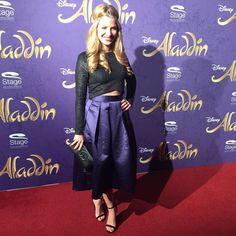 Schauspielerin Susan Sideropoulos auf der Premiere von Disneys #Aladdin #AladdinHamburg