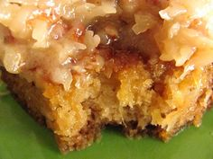 Cajun pineapple cake (aka Dump Cake w/coconut pecan icing) Cajun Desserts, Cajun Recipes, Just Desserts, Delicious Desserts, Cajun Food, Cajun Cooking, Yummy Recipes, Creole Recipes, Yummy Food