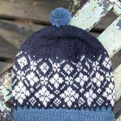 DG418-03 Svalbard lue og votter indigo   Dale Garn Knitted Hats, Indigo, Knitting, Fashion, Threading, Moda, Indigo Dye, Tricot, Fashion Styles