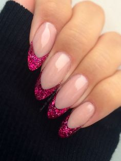 40 ideas nails shellac glitter french tips - french tip nails - Reverse French Nails, Glitter French Nails, Glitter Tip Nails, French Tip Nails, Shellac Nails, Nail Manicure, Pink Nails, French Tips, Pink Tip Nails