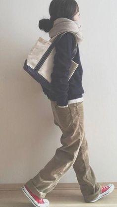 a slouchy-preppy kind of casual - - -. - a slouchy-preppy kind of casual – – – Passt zu Ihrem eigenen Stil anstatt zu stundenlanger Vorbereitung Fin Source by JuleBone - Funky Fashion, Fashion Mode, Black Women Fashion, Look Fashion, Daily Fashion, Womens Fashion, Japan Fashion Casual, Denim Fashion, Fashion 2017
