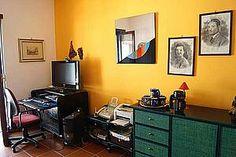 Ferienhaus: Villa Erasmo - Das Büro der Villa mit PC und Internetzugang. - www.cilento-ferien.de