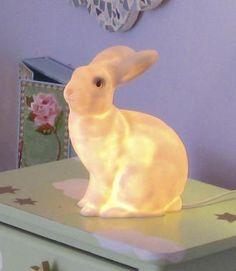 Lamp 'Rabbit' 52 euro bij Axeswar