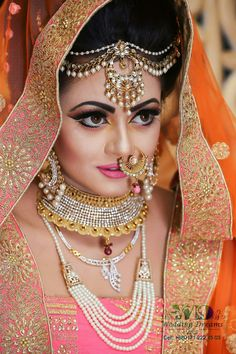 Noor Indian Bridal Makeup, Bridal Makeup Looks, Asian Bridal, Wedding Makeup, Beautiful Indian Brides, Beautiful Bride, Bridal Makeover, Bride Portrait, Indian Wedding Photography