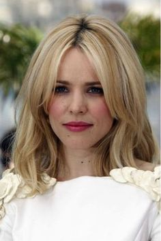 We are going pretty crazy for center parted bangs here at Folica.