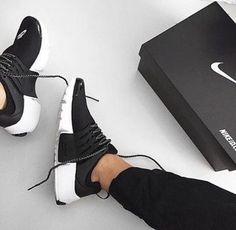 $100 Cute Spring Summer Black And White Nike Sneakers Shoe Trends