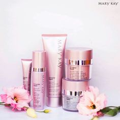 It's National skincare week!!!! Take the 21 day challenge. Ask me how!! #marykay#glowandtell #21daychallenge   Www.marykay.com/jordanmurphy24