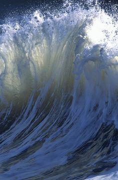 Une vague géante