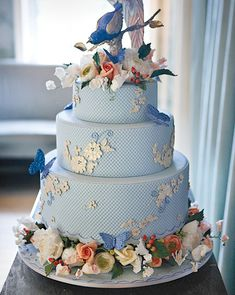 """I could pinpoint and say, 'Having a cake that is blue or white is so exciting, but the reason behind it is that we were working with china that had those colors.'"" Pictured: Cake from the Spring 2010 issue of Martha Stewart Weddings."