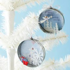 Ornaments using recycled cards and canning jar lids. I've held onto some really beautiful cards over the years that would make lovely ornaments. Plus, I like the additions to the inside rim of the canning lid -- it really adds interest. Christmas Card Crafts, Old Christmas, Christmas Projects, All Things Christmas, Holiday Crafts, Holiday Fun, Christmas Holidays, Christmas Paper, Christmas Decor
