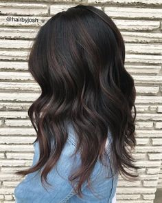 Black Hair With Brown Highlights, Hair Color Highlights, Hair Color For Black Hair, Brown Hair Colors, Lowlights For Black Hair, Red Hair, Subtle Highlights, Chocolate Brown Hair Color, Chocolate Highlights