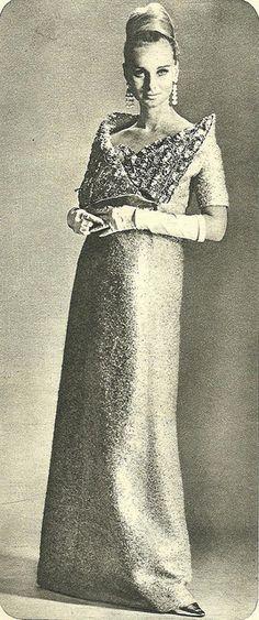Model by:Christian Dior.Brazilian Magazine:O Cruzeiro,December 1965.