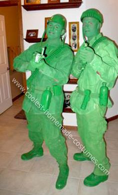 Homemade Green Plastic Army Men Costumes: I love going all out for Halloween and usually start thinking of a future costume the day after Halloween. The idea of the Green Plastic Army Men came