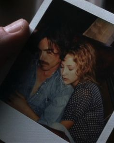 Almost Famous - Billy Crudup, Kate Hudson #polaroid #love #amor #instantáneo