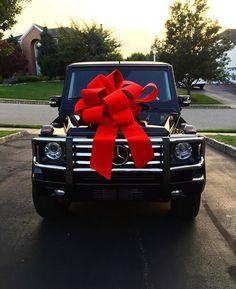 Birthday present goals - Lenora Salazar Mercedes Girl, Mercedes Black, Mercedes Jeep, Mercedes G Wagon, Mercedes G Class, 30th Birthday Presents, 40th Birthday, Black G Wagon, Maserati