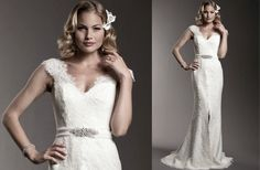 Amy-kuschel-wedding-dress-lace-cap-sleeves-2012-brdal-gowns