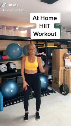 At home hiit workout Hiit Leg Workout, Body Weight Hiit Workout, Hiit Workout Videos, Hiit Abs, Hiit Workouts For Beginners, Mini Workouts, Workout Meal Plan, Cardio Workout At Home, Strength Workout