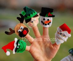 Christmas Finger puppets and free pattern download via Amy Huntley (The Idea Room)