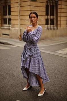 ROSETTA GETTY | Printed Dress with Knotted Sleeves and Open Back | STYLEBOP.com