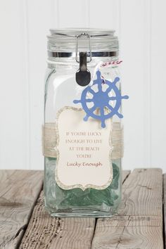 Mason jar decor with the #Cricut