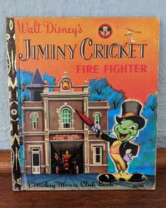 A Little Golden Book, Walt Disney's Jiminy Cricket Fire Fighter, A Mickey Mouse Club Book, Picture Book, Vintage Retro Book Old Children's Books, Vintage Children's Books, Antique Books, Vintage Disney, Retro Vintage, Stuff Tv, Jiminy Cricket, Father Time, Mickey Mouse Club