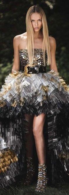 Haute Couture Paris, Strapless Dress Formal, Formal Dresses, Atelier Versace, Editorial Fashion, Celebrity Style, Sequin Skirt, Fashion Dresses, Black Leather