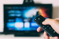 Kun lempisarja päättyy, voi pettymys olla suuri, jos sarjan lopetus ei täytä odotuksia. Monet suurta suosiotakin nauttineet sarjat ovat fanien harmistukseksi päättyneet kaikkea muuta kuin tyydyttävästi, mutta mikä sarja saa kyseenalaisen kunnian olla se, jonka päätös Apple Tv, Tvs, Watch Tv Without Cable, Google Play, Muppet Show, Tabatha Coffey, Alex Rider, Smart Tv Samsung, Galaxy S3
