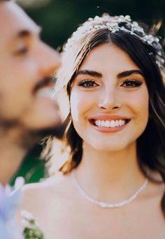Wedding Songs, Wedding Couples, Wedding Bride, Vintage Wedding Photography, Wedding Couple Poses Photography, Head Table Wedding, Wedding Picture Poses, Older Bride, Bride Pictures