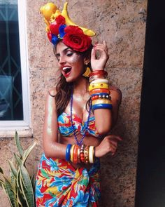 43 Trendy Party Look Cool Havanna Nights Party, Havanna Party, Purim Costumes, Halloween Costumes, Carnival Costumes, Costume Ideas, Hawaiian Party Outfit, Carmen Miranda Costume, Cuban Party