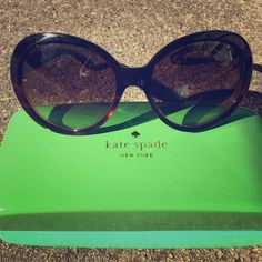Kate Spade Sunglasses Cute retro glam sunglasses. Tortoiseshell with brown lenses. Super cute! Never worn by me. kate spade Accessories Sunglasses