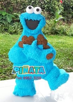 Monster Pinata, Cookie Monster Party, Pinata Cookies, Cute Cookies, Sesame Street Party, Sesame Street Birthday, Party Themes For Boys, Baby Girl 1st Birthday, Bebe