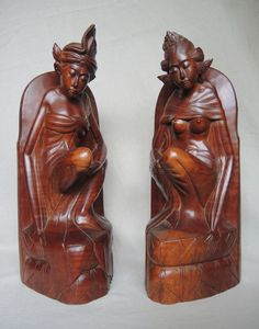 Catawiki online auction house: Two book ends in the shape of a man and woman - Bali - Indonesia