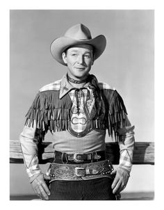 Retouches d'images noir et blanc - Page 60 - Western Movies - Saloon Forum John Wayne, Hollywood Actor, Classic Hollywood, Bass Fishing Shirts, Dale Evans, Sports Celebrities, Roy Rogers, Blu Ray, Happy Trails