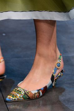 Dolce and Gabbana Spring 2013 Milan Fashion Week Spring 2013 Low Heel Shoes, Low Heels, Shoes Heels, Flats, Flat Shoes, Happy Shoes, Kitten Heel Pumps, Pretty Shoes, Awesome Shoes