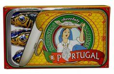 Lata de Sardinhas de chocolate (A vida portuguesa)