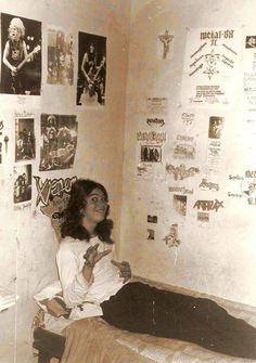 A young Max Cavalera surrounded by metal posters Heavy Metal, Black Metal, Blade Runner, Rock N Roll, Rock Y Metal, Chaos Lord, Mike Patton, Extreme Metal, Pop Rock Bands