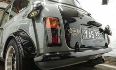 How often do you shine your arse? Mini Cooper Classic, Mini Cooper S, Classic Mini, Mini Morris, Automobile, Classy Cars, Mini S, Car In The World, Cars