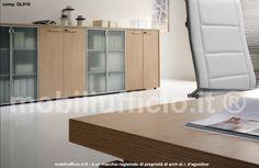 comp. OL016 #mobile #archivio per la #casa o per l'ufficio, presentato in versione 8 ante h. cm. 120 miste vetro (con cornice alluminio) e legno.