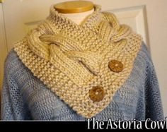 The Fifth Avenue Cowl knitting pattern por AuntJanetsDesigns